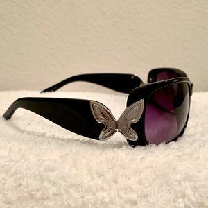 Relic Flutter Black framed Sunglasses